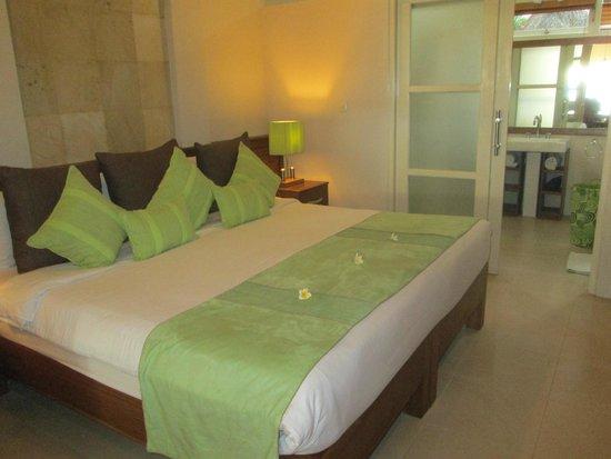 The Lovina: Bedroom