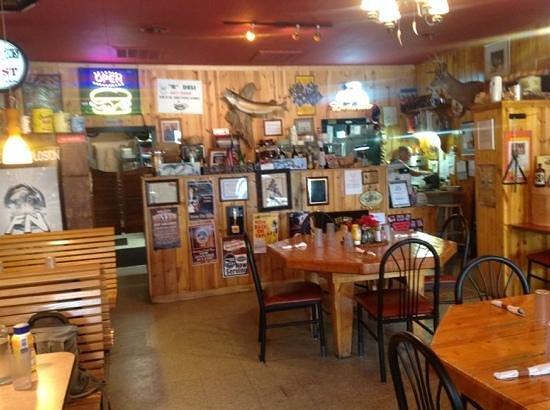 Ponderosa Cafe: the inside of one dinner side