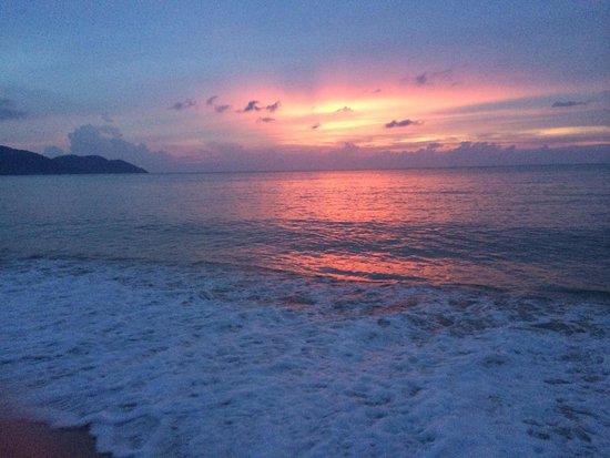 Bayview Beach Resort: Sunset at Batu Ferringhi