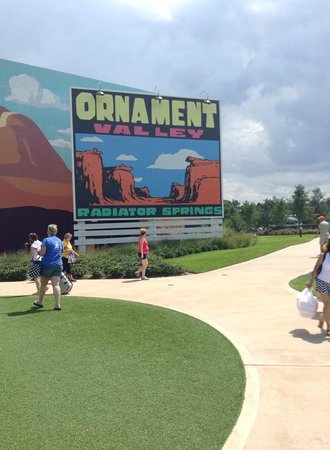 Disney's Art of Animation Resort: more signs
