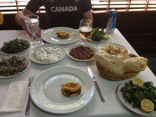 Yuzevler Kebap: Just before the kebap arrived.