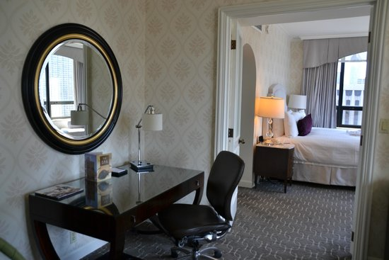 The Ritz-Carlton, Chicago: Michigan Ave Suite
