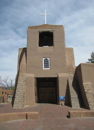 San Miguel Chapel : This is a beautiful Mission.  A MUST SEE