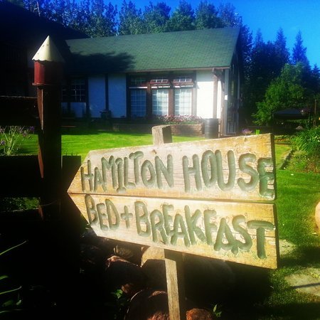Hamilton House Bed & Breakfast Inn