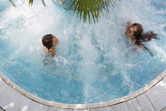 Biondi Hotels - Wivien e Canada: Whirlpool