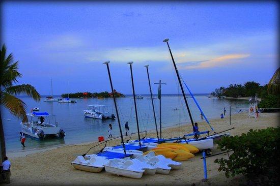 Hotel Riu Montego Bay: evening click