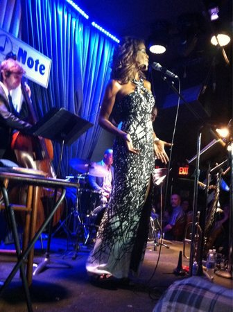 Blue Note Jazz Club: Nicole Henry at Blue Note, July 2014