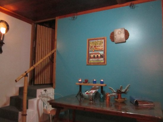 Maravilla Guesthouse: Cute dining room