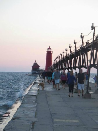 Grand Haven Lighthouse and Pier: A picture from the very end, I wasn't going any further than this