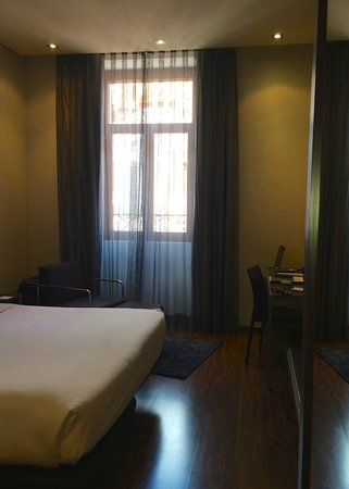 AC Hotel Recoletos: Regular king bed room
