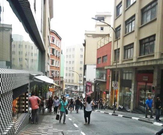 Shopping 25 de Marco