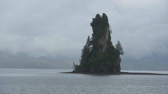 Misty Fjords National Monument : Misty foird cruise  edystone rock