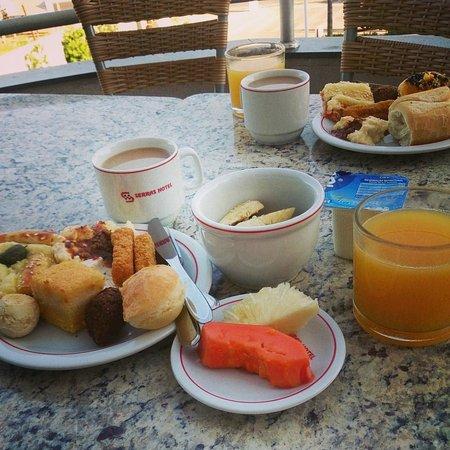 Serras Hotel: morning