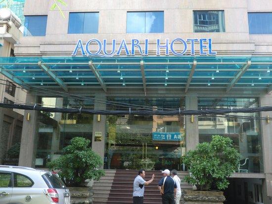 Aquari Hotel: 入口