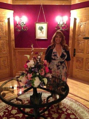 Lynfred Winery Bed & Breakfast : In the beautiful hotel