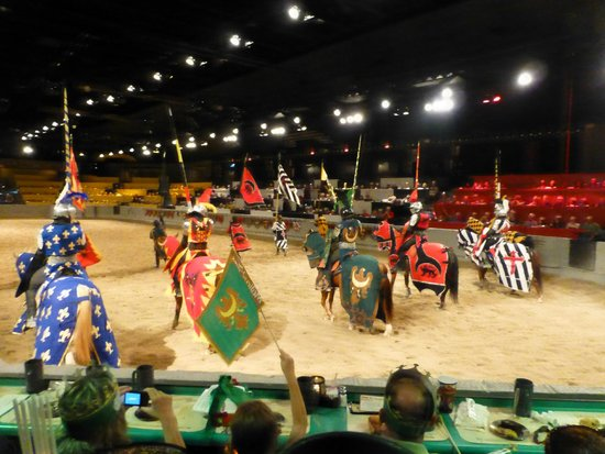 Medieval Times Dinner & Tournament : Knights of the realm preparing to joust