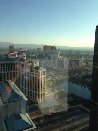 Vdara Hotel & Spa: getting home from partying....nice view from our room