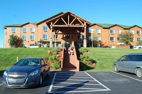 Holiday Inn Express Munising -  Lakeview: Hotel entrance/front