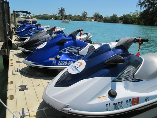 ‪Cool Breeze Boat & Jet Ski Rentals‬