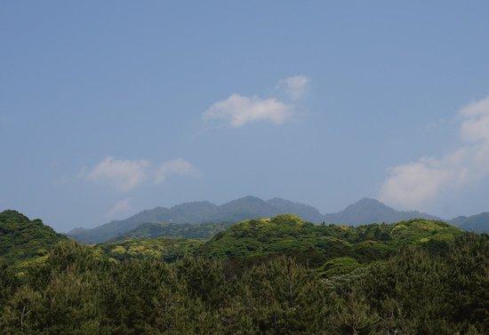 Nagata Inakahama: 山並み