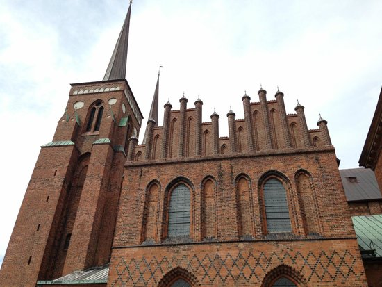 Roskilde Cathedral: Distinct architecture
