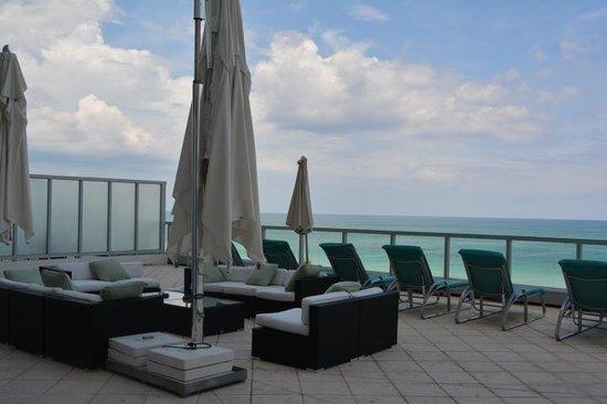 Fontainebleau Miami Beach : Outdoor area Sorrento Penthouse