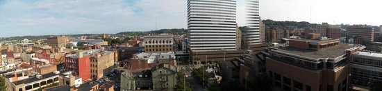 Garfield Suites Hotel : Panarmic View From the balacony Window