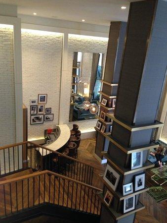The Roger: lobby