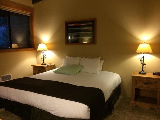 Granlibakken Tahoe : Small room, uncomfortable bed.