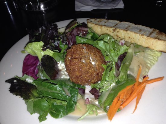 Johnny's Italian Steakhouse : Specialty salad