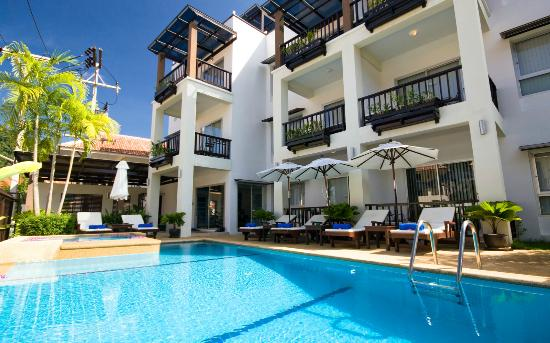 Krabi Apartment Hotel: Outside