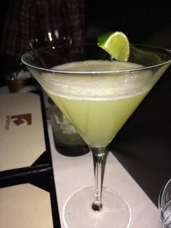 Persimmon Restaurant: Amazing vodka gimlet...how do they make that froth on top? Beautiful & perfectly prepared & pres