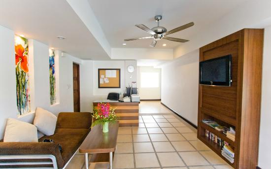 Krabi Apartment Hotel: Lobby