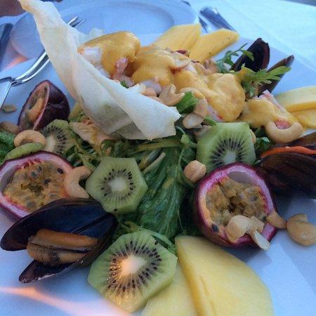 Ambrosia Restaurant: Salad