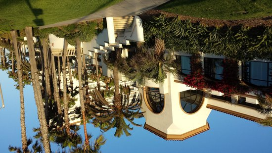 The Waterfront Beach Resort, A Hilton Hotel : Exterior
