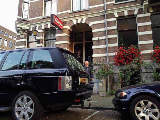 Hotel Amsterdam Inn: hotel entrance