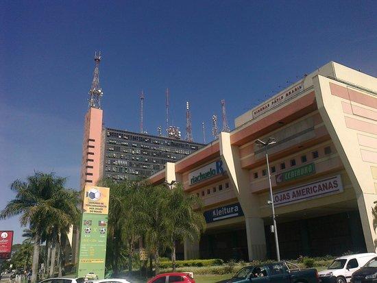 Brasilia Imperial Hotel e Eventos : Shopping mall.