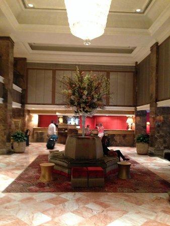 The Michelangelo Hotel: lobby
