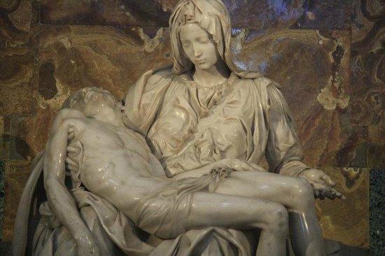 Vatican Guided Tours: Michelangelo's Pieta