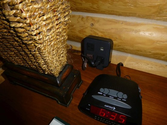Crows Nest Cabins: Charging station