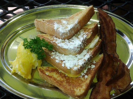 The Lookout Roadhouse : French Toast breakfast with 2 scrambled eggs and 2 slices of bacon.