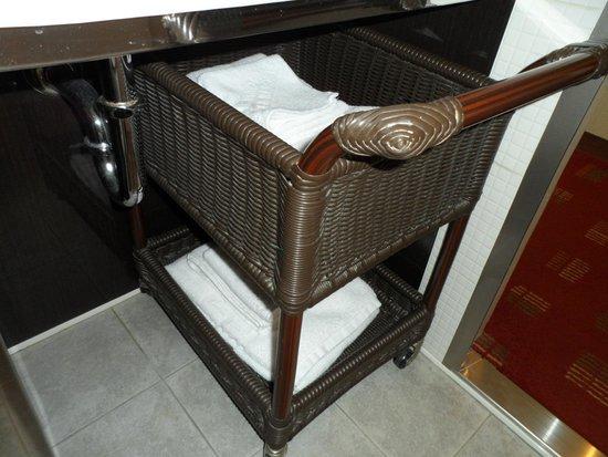 New Miyako Hotel: Bathroom towels.