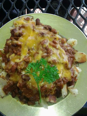 The Lookout Roadhouse : Chili cheese fries (chili has beans in it, and comes with grilled onions). The chili is good.