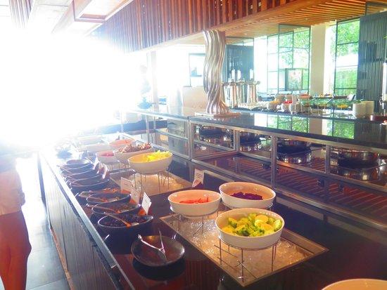 Phuket Panwa Beachfront Resort : ห้องอาหาร