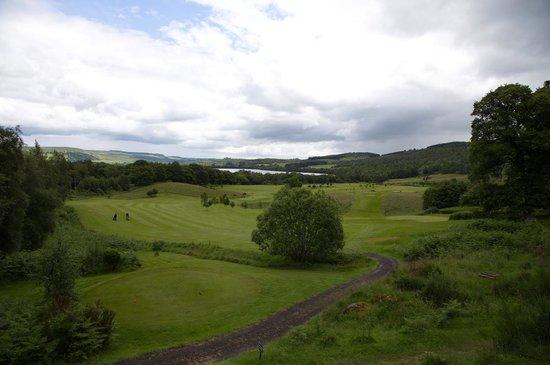 "Dunkeld and Birnam Golf Club: Blick übern den Golfplatz Richtung ""Loch of Lowes"""