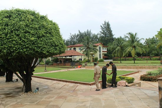 Kenilworth Resort & Spa: The hotel grounds