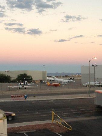 Motel 6 Las Vegas - Tropicana: LAX AIRPORT