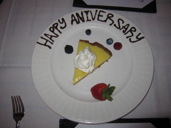 Nick's Fishmarket Maui: Complimentary anniversary dessert