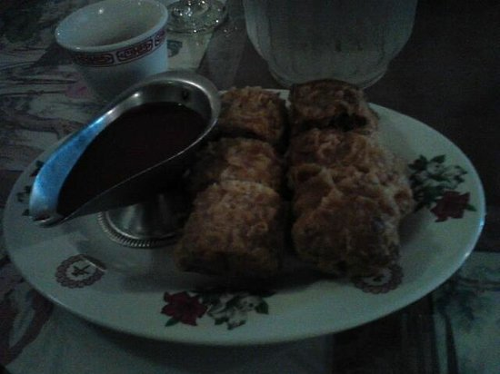 Hop Sing Palace: Egg Rolls