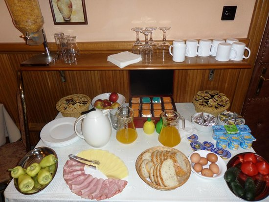 Pensiunea Imperial : Complimentary breakfast